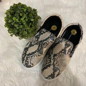 NWOT Madden Girl snakeskin sneakers